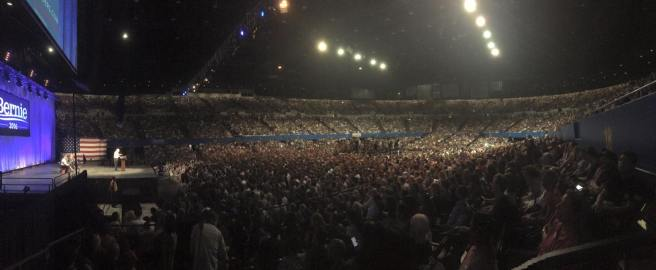Sanders rally in Los Angeles 8/10/15. Credit to Maximilian Cotterill